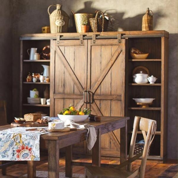 Шкаф с дверями на рельсе