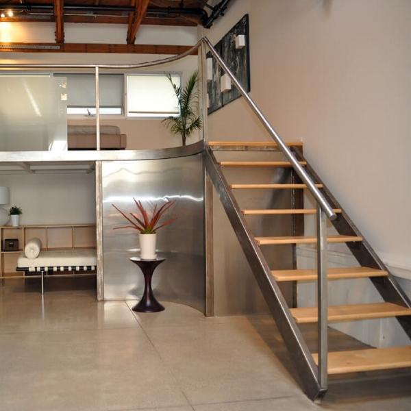 лестница  в стиле лофт 06