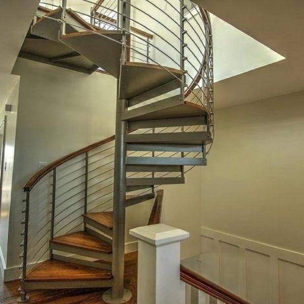 лестница винтовая  в стиле лофт 09