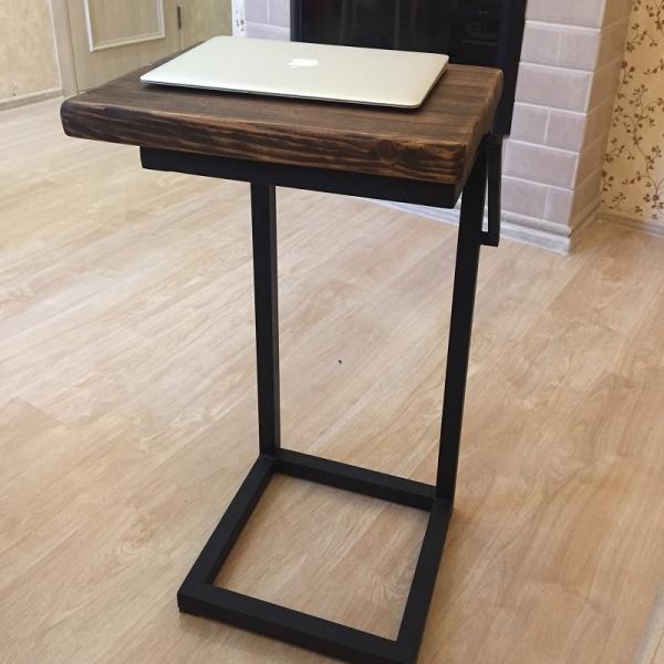 Столик журнальный в стиле лофт